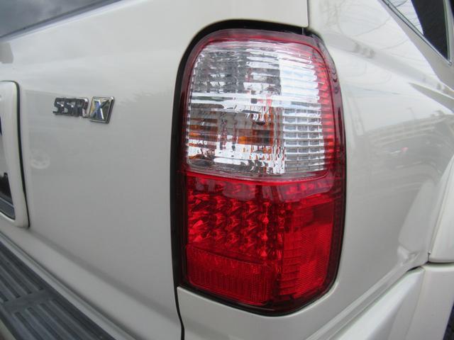 SSR-X プレミアムセレクション 新品リフトアップ 新品タイヤオープンカントリーMT 新品ホイールDEENクロスカントリー 新品シートカバー トヨタグリル USコーナーマーカー LEDテール イルミ付きメーター 社外ナビ バックカメラ(46枚目)