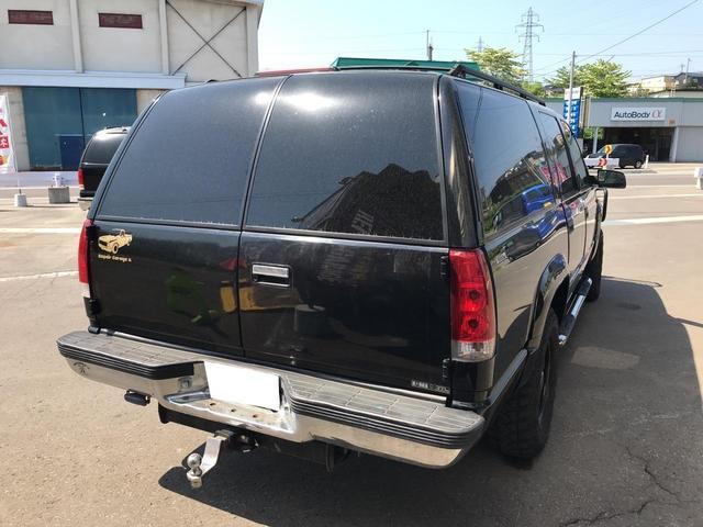 当店は輸入車、特にアメリカ車 SUVを得意としております。運輸局認証工場を完備しており専門の整備士がいるお店です。