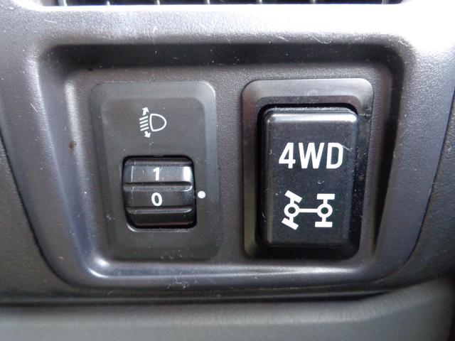 三菱 タウンボックス LX 4WD HDDナビ CD DVD リアヒーター