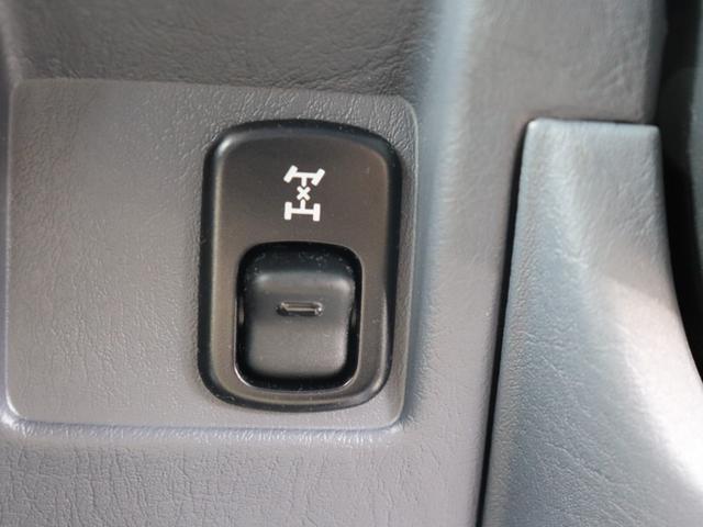《 電子制御パートタイム4WD 》2駆で走れば燃費も上々です☆遊びと街乗り両方兼ね備えております♪