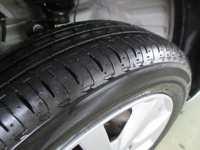 T ターボ 自動ブレーキ付き 全方位ナビ付き HID付き(7枚目)