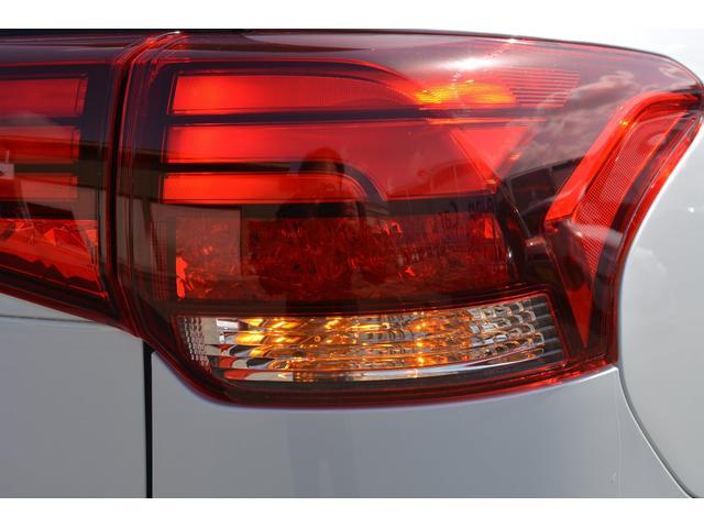 G 4WD プラグインハイブリット フルセグナビ 1500WAC電源(13枚目)