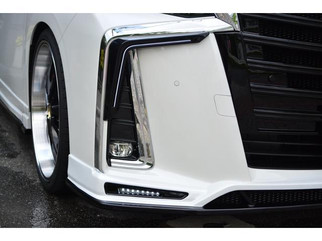 お客様の好みと予算に合わせて、ディーラーで新車を購入するのと同じように【グレード】【ボディカラー】【オプション】をお選び頂けます。詳しくはお問い合わせください。