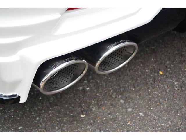 カスタムをさらにご覧になりたい方は「M'z speed公式サイト」をご覧ください。数々のコンプリートカーが走るその姿は一見の価値ありです!