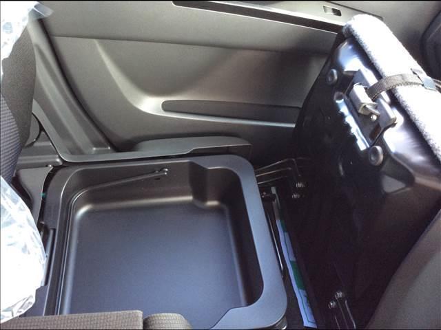 X 4WD HID プッシュスタート アルミ(12枚目)