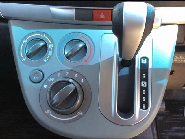 ダイハツ ムーヴ X VS 4WD ナビTV ウィンカーミラー