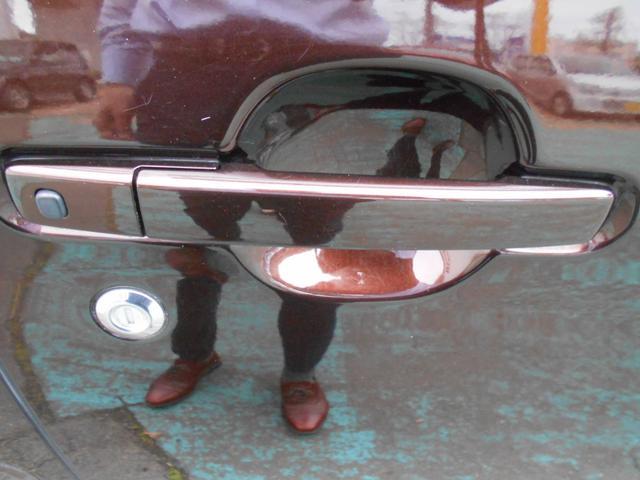 ハイウェイスター ターボ ストラーダSDナビ CD DVD Bluetooth ターボ 衝突サポート 両側パワースライド アラウンドビューカメラ インテリキー プッシュスタート オートライト ETC(42枚目)