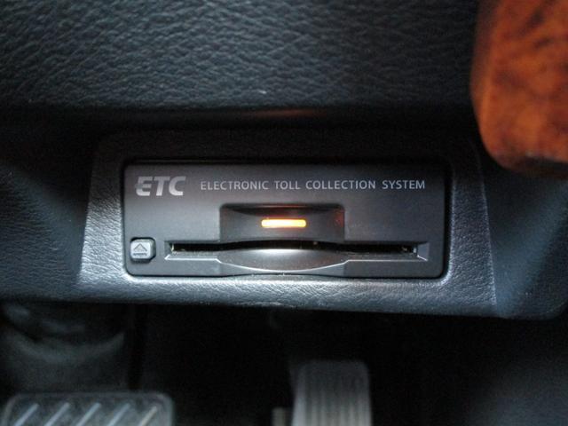 350GT FOUR ハイブリッド タイプP 純正ナビ/CD/DVD/Bt/USB/MSV フルセグ アラウンドビューモニター 黒革シート シートヒーター ビルトインETC(6枚目)