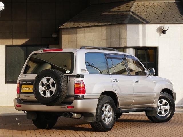 トヨタ ランドクルーザー100 VX-LTD ディーゼルターボ マルチレス HDDナビ