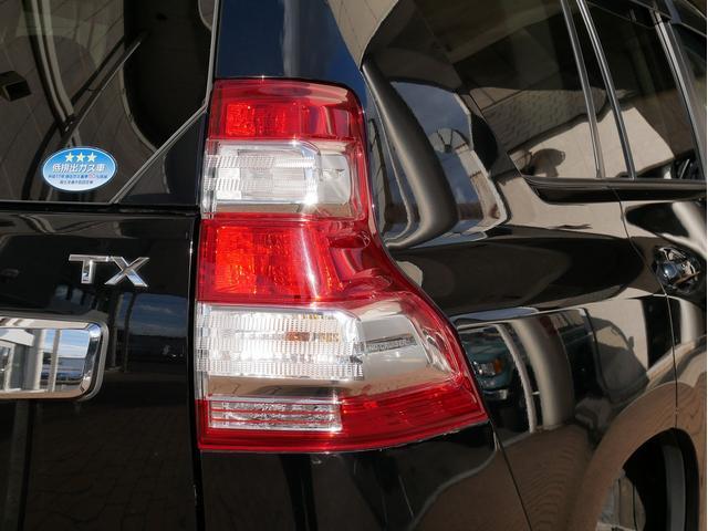TX 中古車金利1.9パーセント TX 2.7Lガソリン 7人乗り 2インチUP オールドマンエミューコイル&ショック新品 グリルガード RHINOフラットラック NITTOトレイルグラップラーMT ブラッ(43枚目)