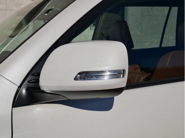 TX 新車金利1.9パーセント クリーンディーゼル TX メーカーオプション込み 新車カスタムPKG 各部ブラックアウト 2インチUP オープンRT ガンメタ17インチAW ブラウンレザーシートカバー サン(42枚目)