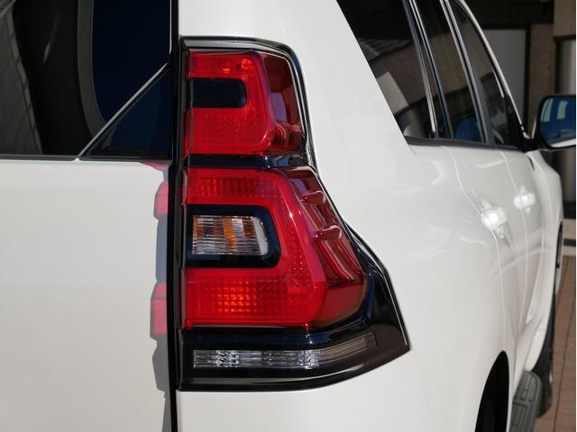 TX 新車金利1.9パーセント クリーンディーゼル TX メーカーオプション込み 新車カスタムPKG 各部ブラックアウト 2インチUP オープンRT ガンメタ17インチAW ブラウンレザーシートカバー サン(43枚目)