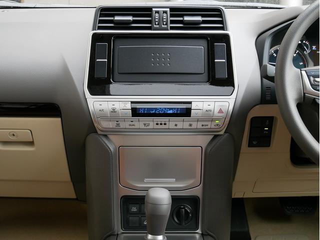 TX 新車金利1.9パーセント クリーンディーゼル TX メーカーオプション込み 新車カスタムPKG 各部ブラックアウト 2インチUP オープンRT ガンメタ17インチAW ブラウンレザーシートカバー サン(50枚目)