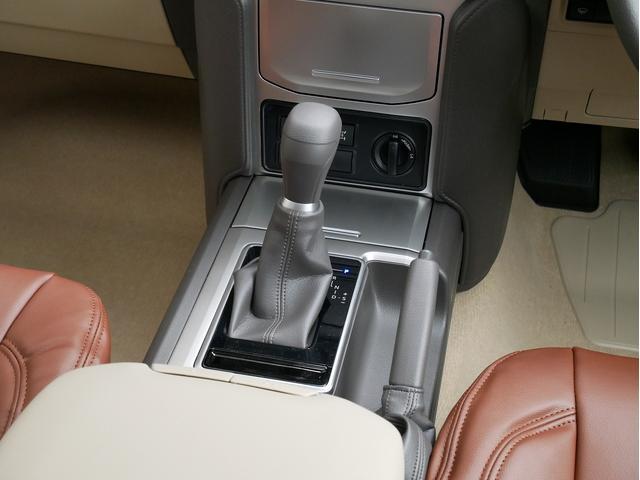 TX 新車金利1.9パーセント クリーンディーゼル TX メーカーオプション込み 新車カスタムPKG 各部ブラックアウト 2インチUP オープンRT ガンメタ17インチAW ブラウンレザーシートカバー サン(57枚目)
