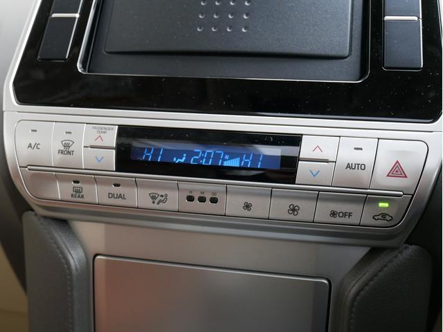 TX 新車金利1.9パーセント クリーンディーゼル TX メーカーオプション込み 新車カスタムPKG 各部ブラックアウト 2インチUP オープンRT ガンメタ17インチAW ブラウンレザーシートカバー サン(60枚目)