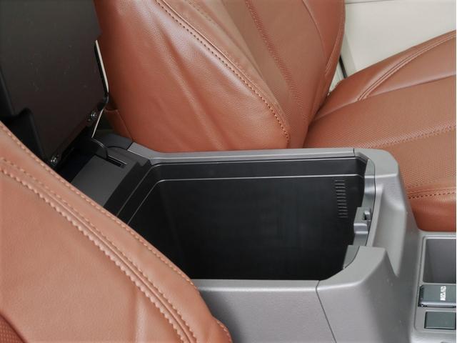 TX 新車金利1.9パーセント クリーンディーゼル TX メーカーオプション込み 新車カスタムPKG 各部ブラックアウト 2インチUP オープンRT ガンメタ17インチAW ブラウンレザーシートカバー サン(67枚目)