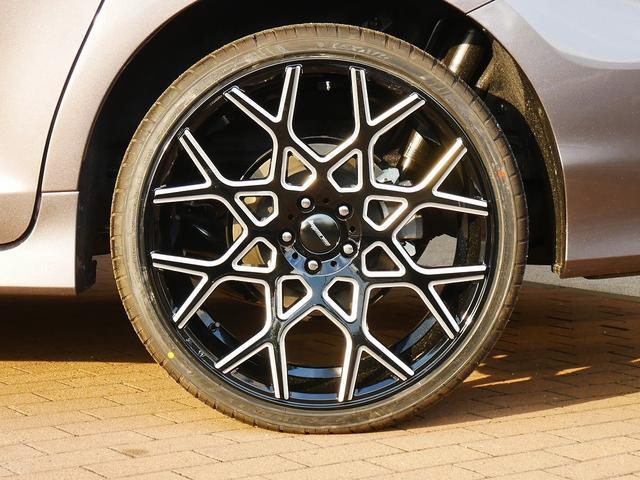 19y SEプリファード4WD TSS 8速AT Fリップ(10枚目)