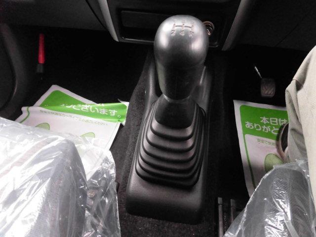 XG 4WD CDコンポ MT車(5枚目)