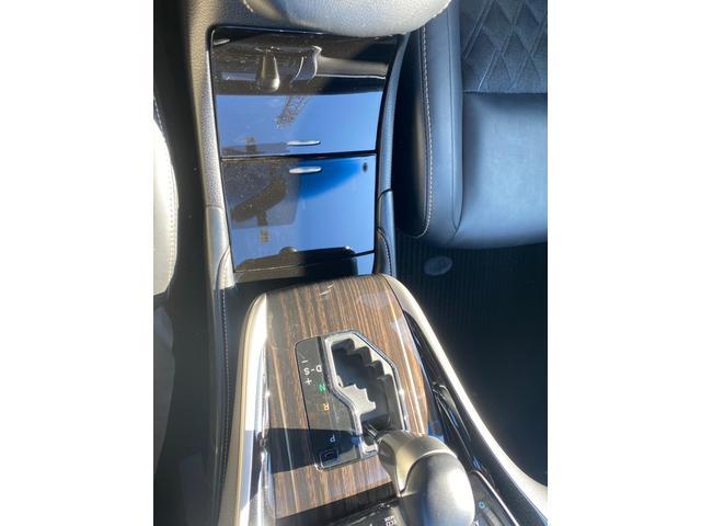 エレガンス 4WD ハイブリッド カロッツェリア ナビ DTV ETC レーダー コーナーセンサー バックカメラ フォグ オートライト オートリトラミラー アルミ レザーシート オートクルーズ(12枚目)