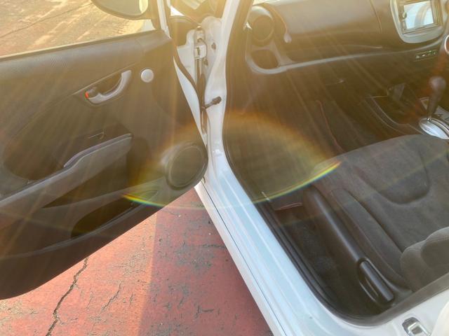 RS RS(5名)フォグ スカイルーフ オートエアコン タイミングチェーン パドルシフト アルミ キーレス ローダウン HID ナビ TVなし(14枚目)
