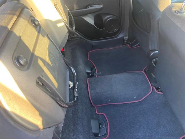 RS RS(5名)フォグ スカイルーフ オートエアコン タイミングチェーン パドルシフト アルミ キーレス ローダウン HID ナビ TVなし(27枚目)