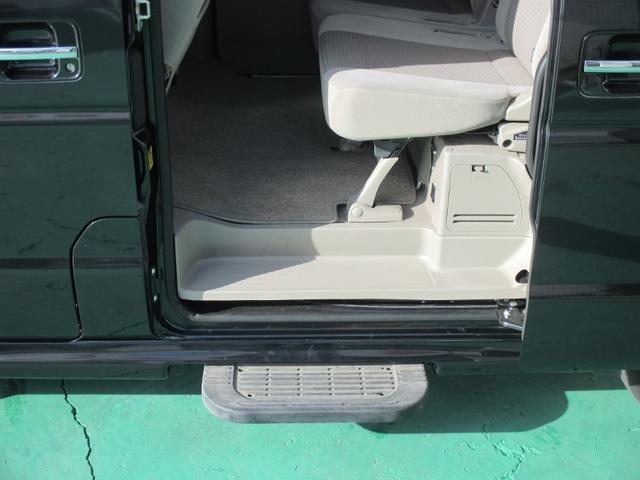 PZターボスペシャル 4WD 両側電動スライドドア HID(13枚目)