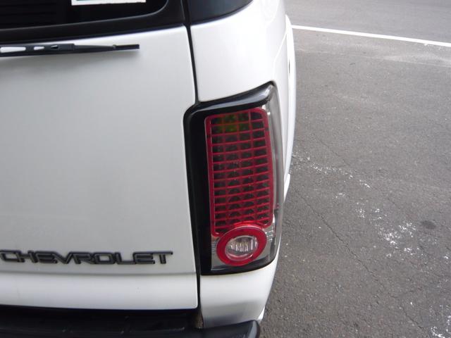 シボレー シボレー サバーバン 1500 Z71 5.3 V8 4WD