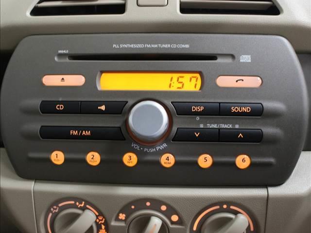 F CDオーディオ装着車(8枚目)
