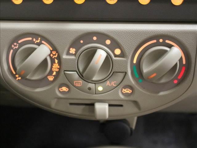 F CDオーディオ装着車(9枚目)