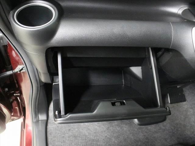 カスタムG Lパッケージ 左側電動スライドドア(4枚目)