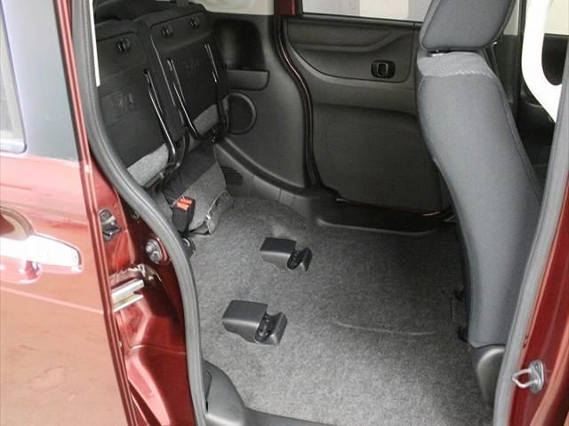 カスタムG Lパッケージ 左側電動スライドドア(16枚目)