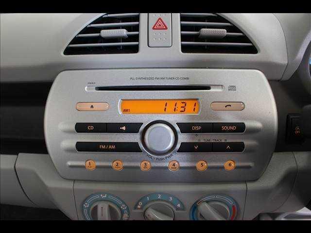ECO-L CDオーディオ装着車 キーレスエントリー(10枚目)