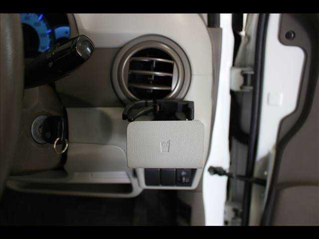 ECO-L CDオーディオ装着車 キーレスエントリー(14枚目)