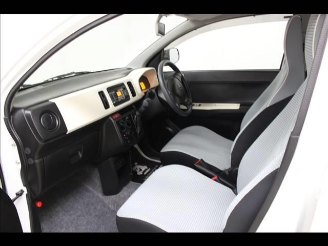 F CDオーディオ装着車 横滑り防止装置(7枚目)