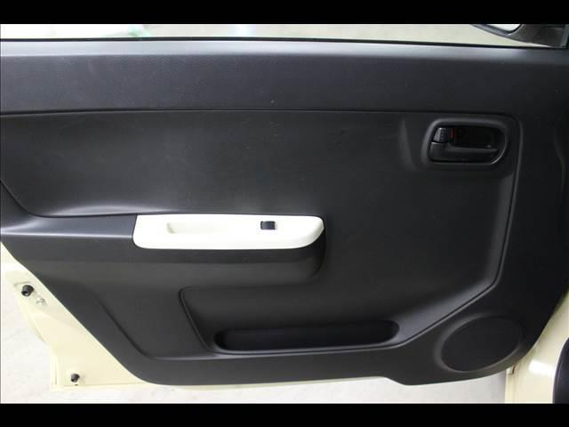 S CDオーディオ装着車 キーレスエントリー(7枚目)
