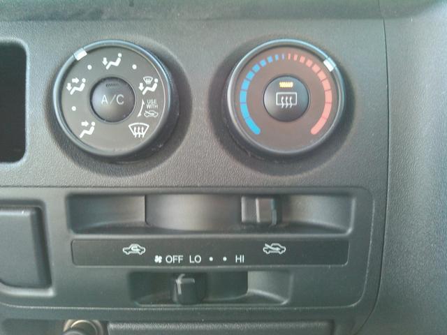 トヨタ ハイエースバン ロングDX 寒冷地仕様 Tベルト交換済み