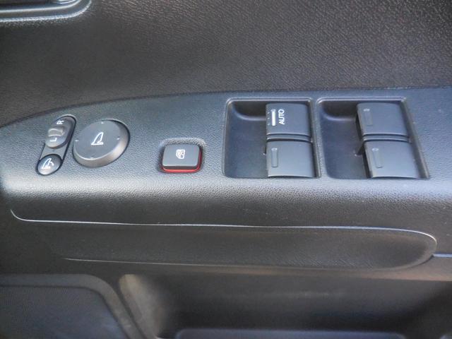 ディーバ 4WD CD スマートキー ベンチシート 軽自動車(18枚目)