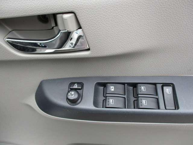 Xf 4WD CD キーレス AUX接続可能 軽自動車(5枚目)
