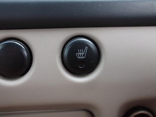 Q 4WD・走88000・CD・ETC・シートヒーター・保証別有(15枚目)