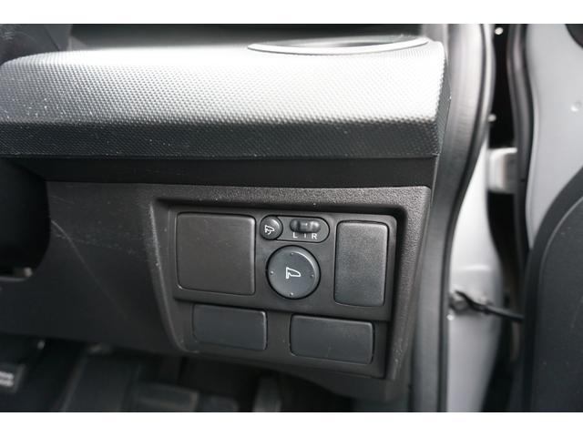G ジャストセレクション 両側スライドドア ドライブレコーダー HDDナビ TV DVD再生 バックカメラ キーレス ETC オートエアコン ステアリングリモコン HIDヘッドライト 禁煙車 整備付き 1年保証付き(23枚目)
