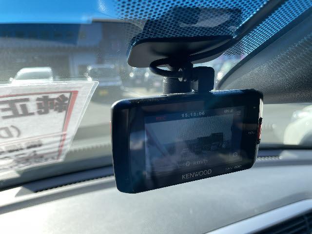ハイブリッドDX メモリーナビ DVD再生 Bluetooth フルセグ バックカメラ ETC スマートキー キーレス 盗難防止装置 USBジャック(9枚目)