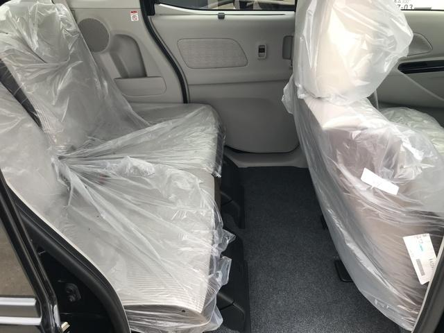 X 4WD 届出済未使用車 全方位モニター 自動ブレーキ(7枚目)