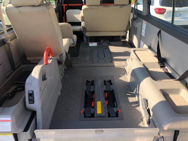 チェアキャブ 福祉車両 4WD 車いす2名 合計10名乗車 車イス昇降リフト オートステップ 後席エアコン(10枚目)