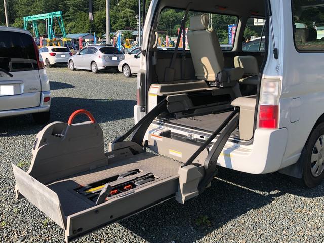 チェアキャブ 福祉車両 4WD 車いす2名 合計10名乗車 車イス昇降リフト オートステップ 後席エアコン(15枚目)