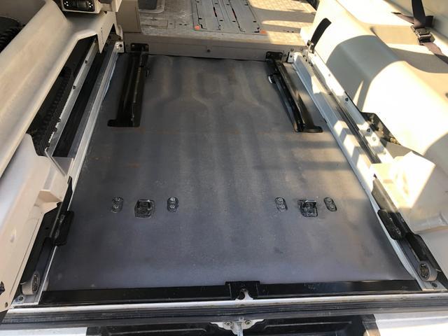 チェアキャブ 福祉車両 4WD 車いす2名 合計10名乗車 車イス昇降リフト オートステップ 後席エアコン(32枚目)