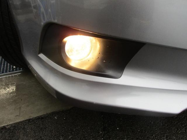 2.5iアイサイト 4WD 禁煙 フルセグ・バックカメラ・Bluetooth・ETC 追従クルコン・衝突被害軽減・レーンアシスト 電動シート 8エアバック HIDライト・フォグランプ 純正アルミ17(45枚目)