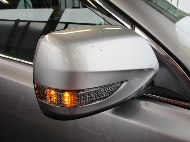 2.5iアイサイト 4WD 禁煙 フルセグ・バックカメラ・Bluetooth・ETC 追従クルコン・衝突被害軽減・レーンアシスト 電動シート 8エアバック HIDライト・フォグランプ 純正アルミ17(46枚目)