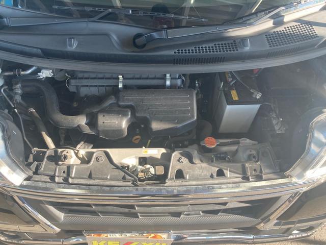 カスタムX トップエディションリミテッドSAIII 禁煙 埼玉仕入れ ハーフレザーシート シートヒーター 後席モニター・8型ナビ・フルセグ・Bluetooth・全方位モニター・ETC 衝突被害軽減・アイドリングストップ 両側電動スライド(4枚目)
