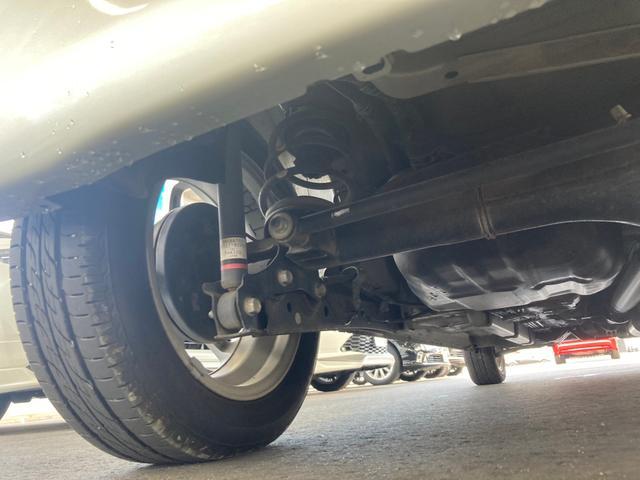 X 4WD 禁煙車 ピラーレス電動スライドドア キーレス スマートキー 横滑り防止 アイドリングストップ ベンチシート フルフラットシート 電動格納ミラー(5枚目)