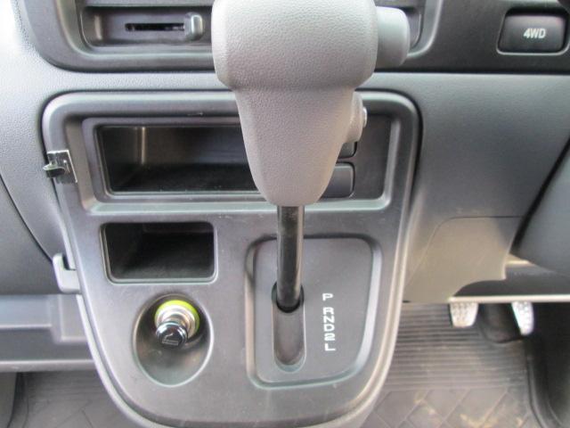 クルーズ 4WD キーレス CD 社外13AW パールホワイト 電動格納ミラー(8枚目)